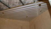 Монтаж реечного потолка